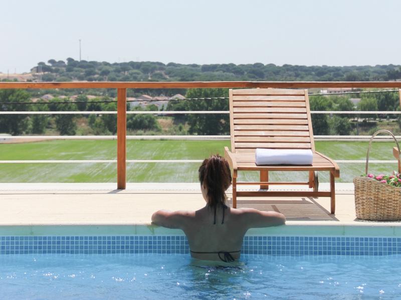 pool_view_800x600